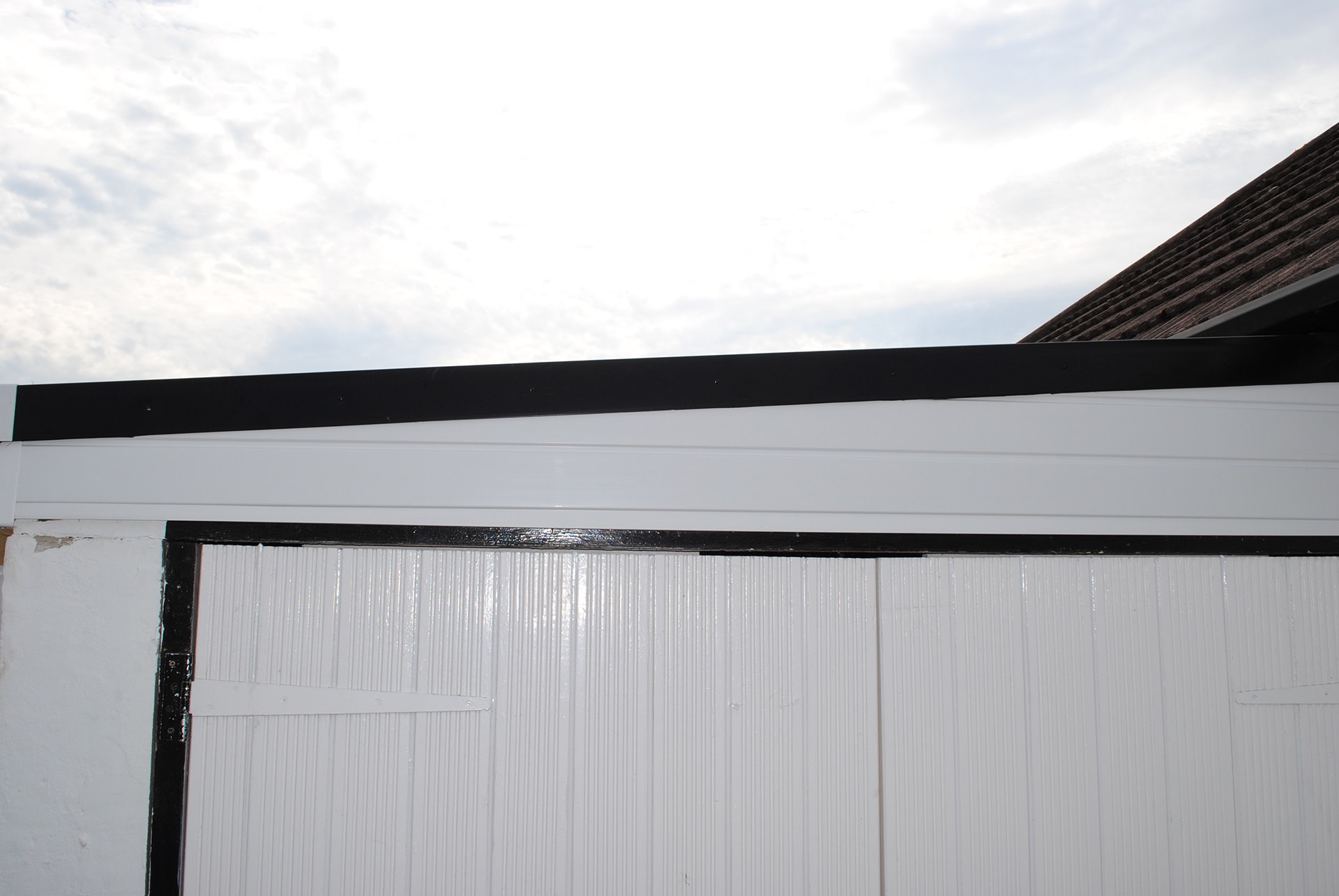 roofline guttering costs hockley essex