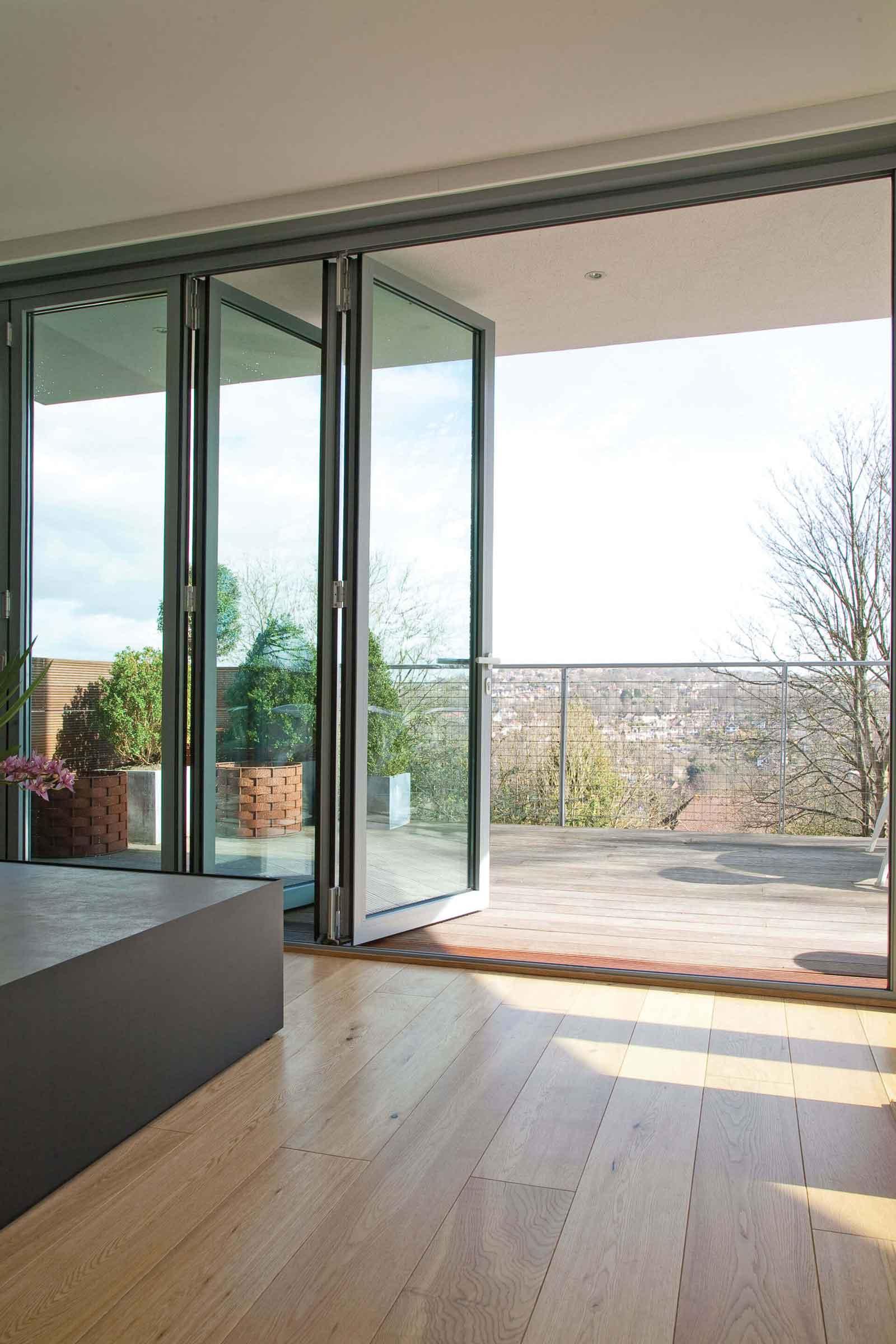 aluminium bi-folding doors rayleigh