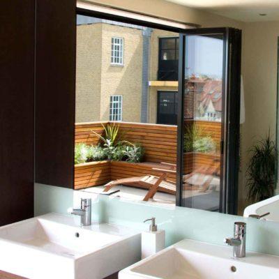 external aluminium bi-fold doors brentwood