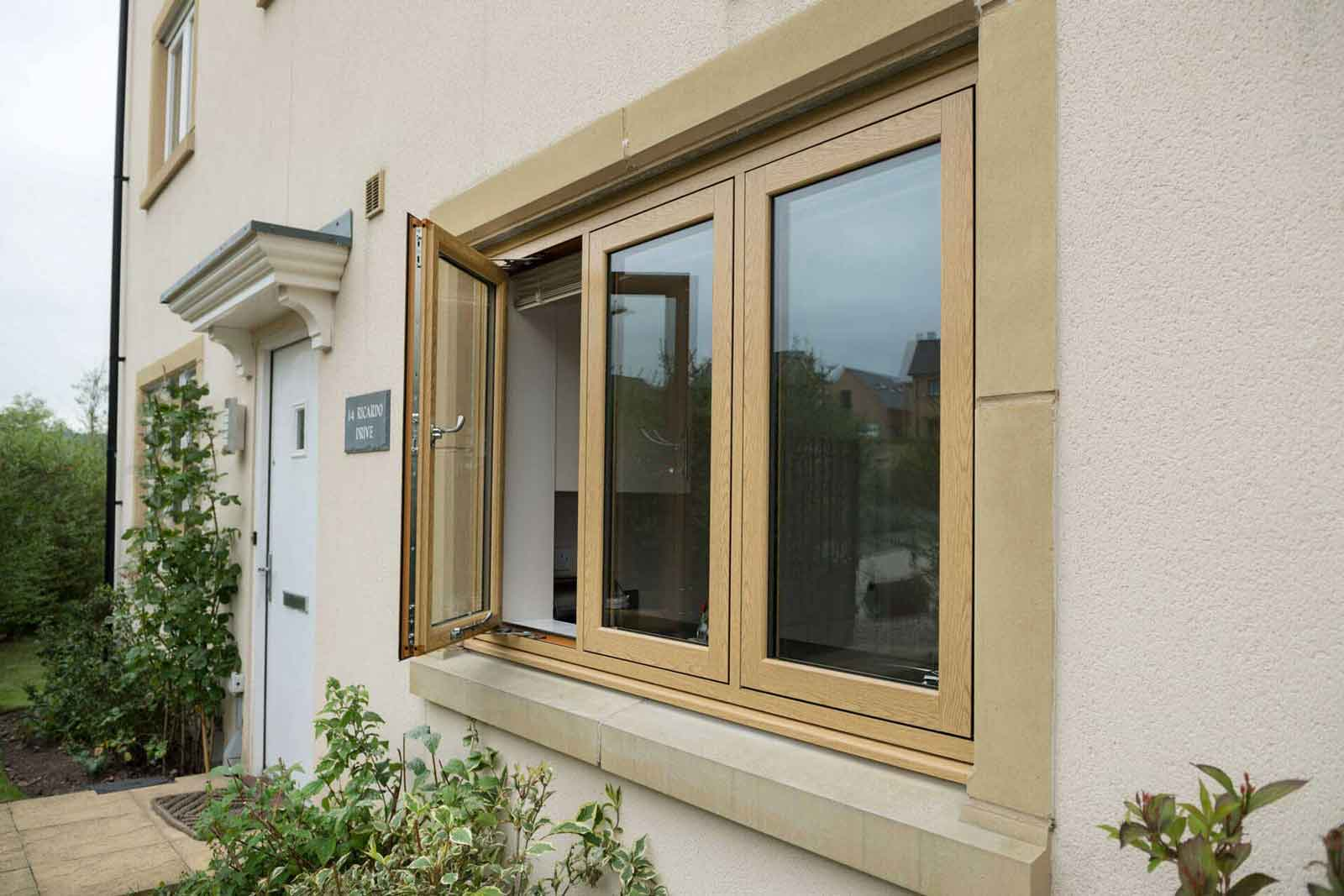 Flush sash windows Southend-on-sea
